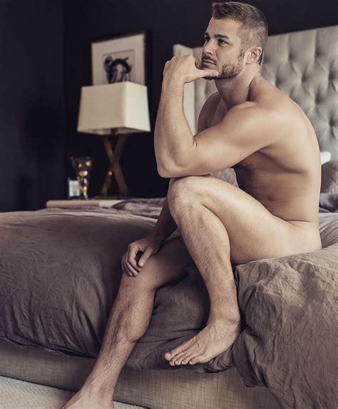 celebs naked male jpg 760x919