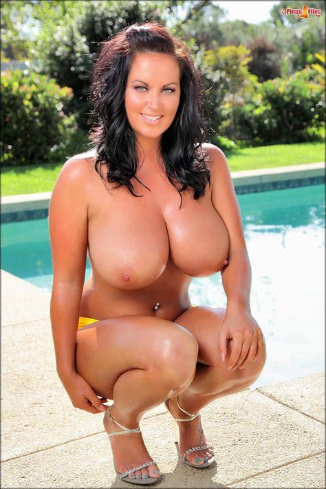 big breast in bikinis jpg 2012x3012
